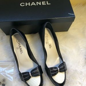 CHANEL Shoes - Used Authentic Chanel Pumps